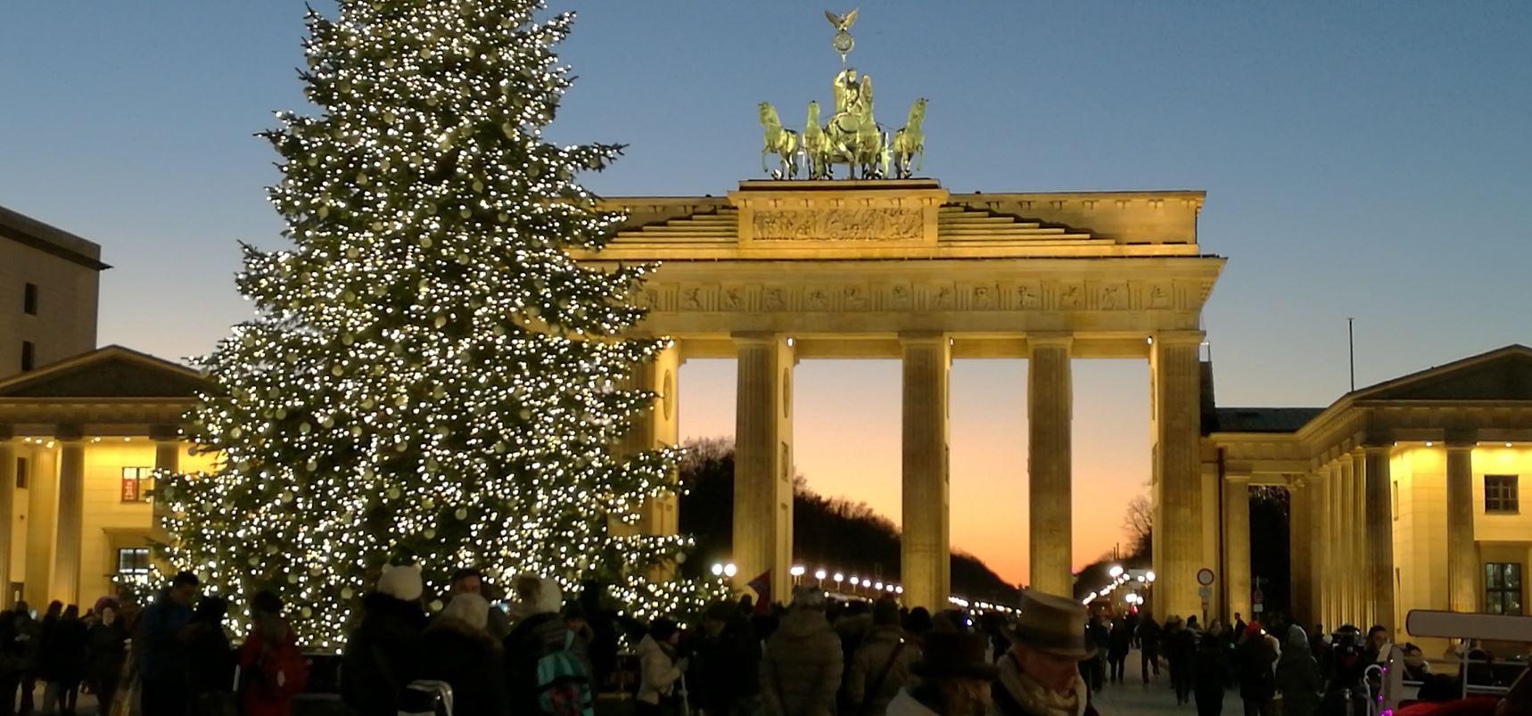 Stadtführung Berlin - Private Stadtrundfahrt Berlin - Brandenburter Tor zur Weihnachtszeit